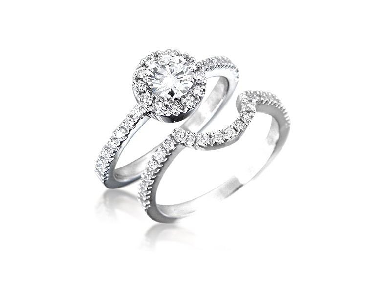 18ct White Gold 0.95ct Diamonds Bridal Set
