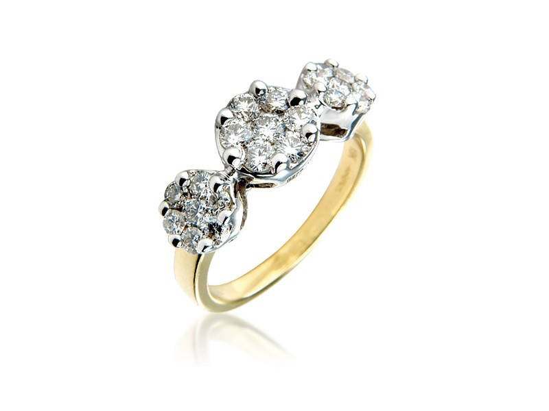 3 stone 18ct Yellow & White Gold ring with 1.00ct Diamonds in white gold mount.