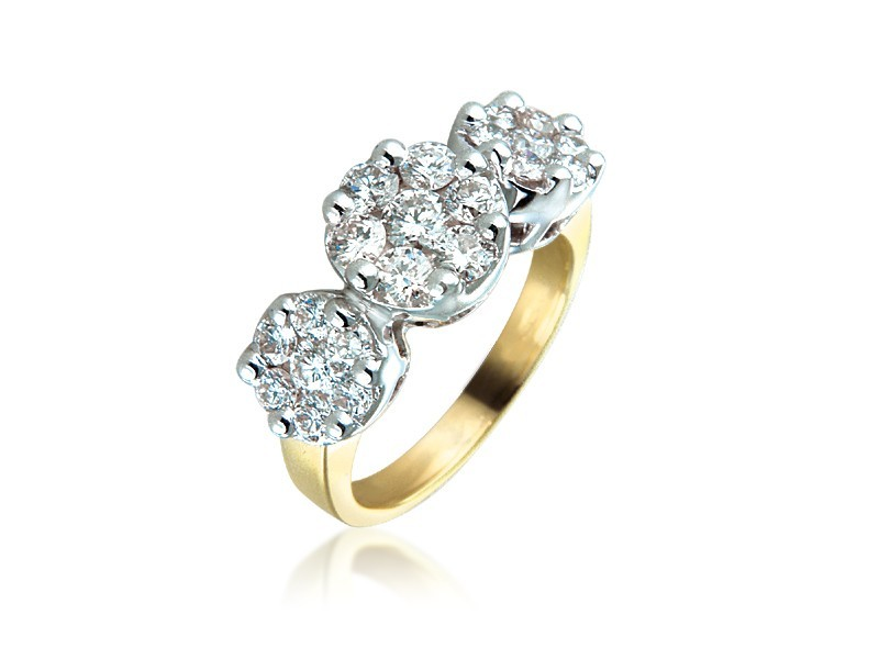 18ct Yellow & White Gold ring with 1.50ct Diamonds in white gold mount.