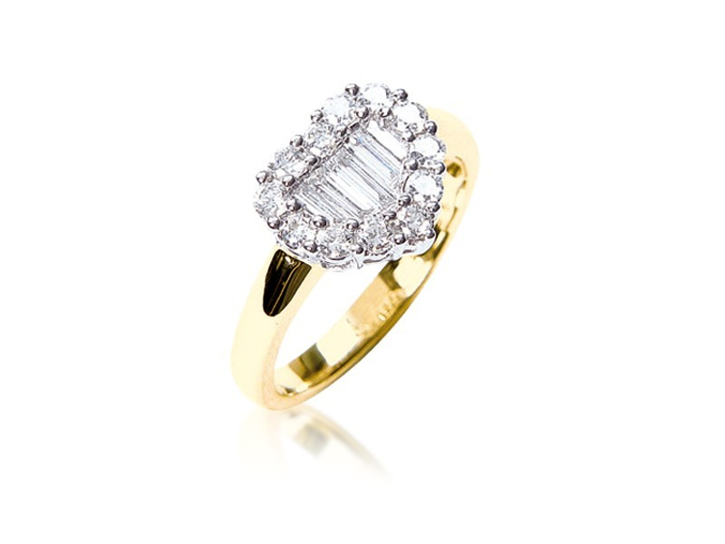 18ct Yellow & White Gold ring with 0.80ct Diamonds in white gold mount.