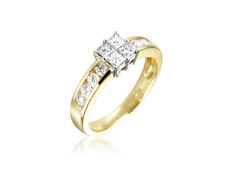 18ct Yellow & White Gold ring with 0.75ct Diamonds in white gold mount.