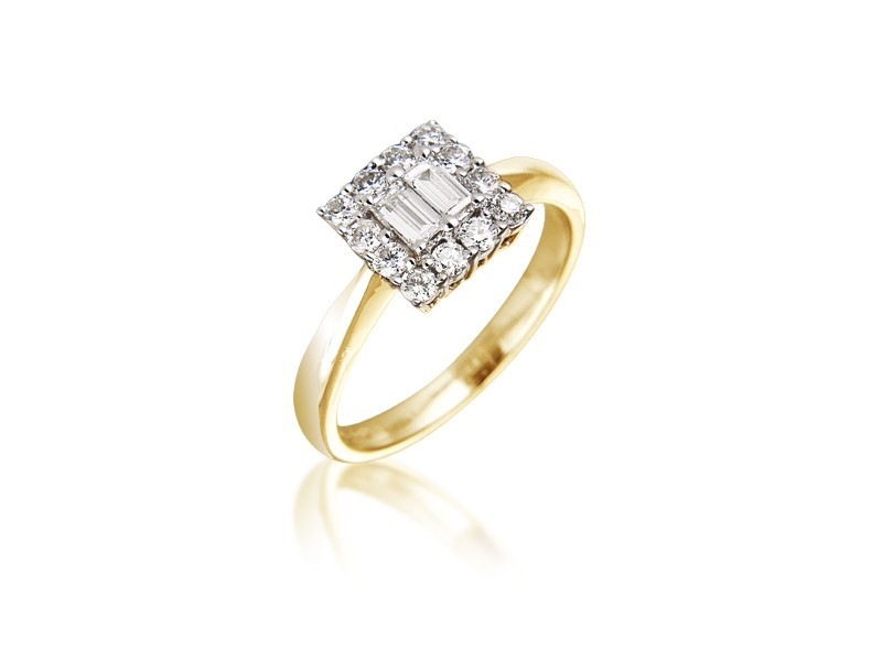18ct Yellow & White Gold ring with 0.40ct Diamonds in white gold mount.
