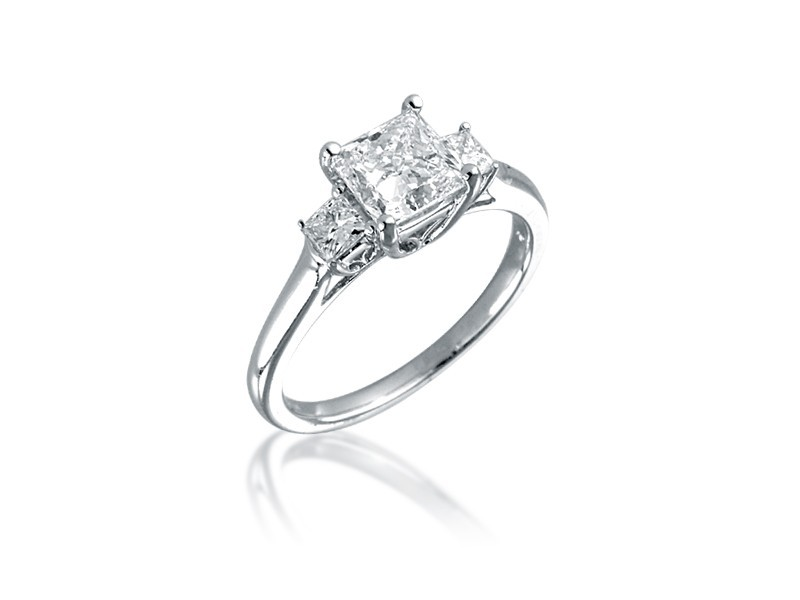 18ct White Gold 1.55ct Diamond Solitaire Engagement Ring
