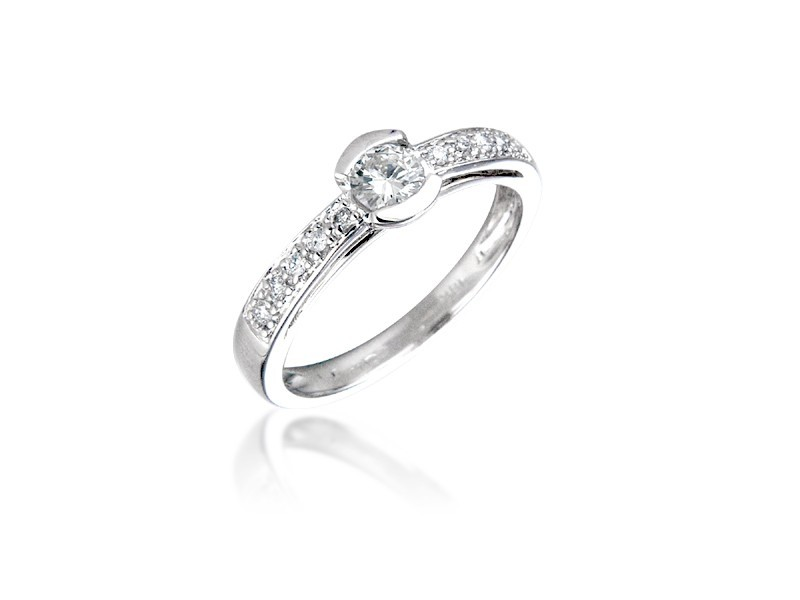 18ct White Gold 0.30ct Diamond Solitaire Engagement Ring
