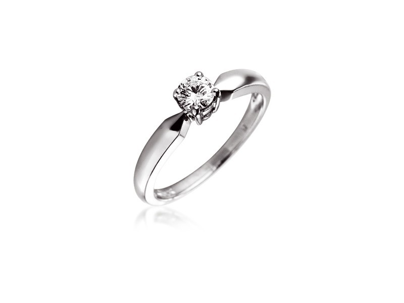18ct White Gold 0.25ct Diamond Solitaire Engagement Ring