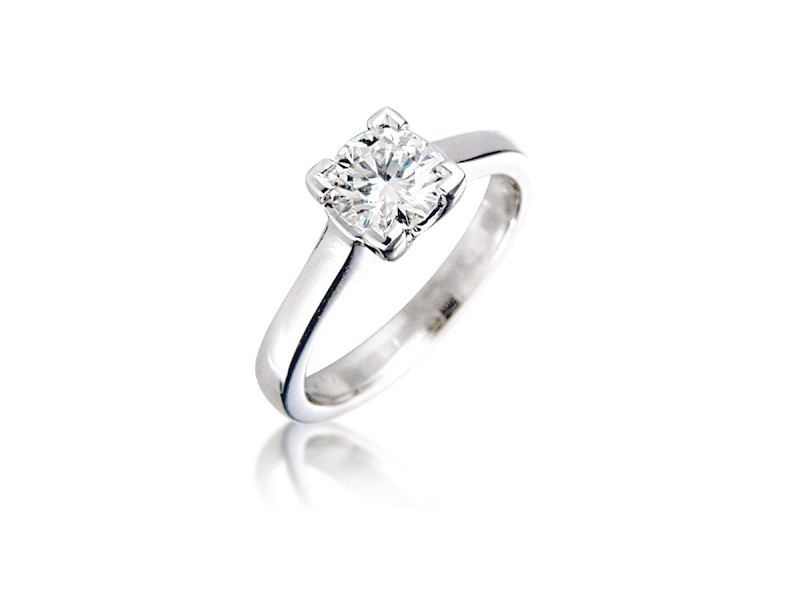 18ct White Gold 0.80ct Diamond Solitaire Engagement Ring
