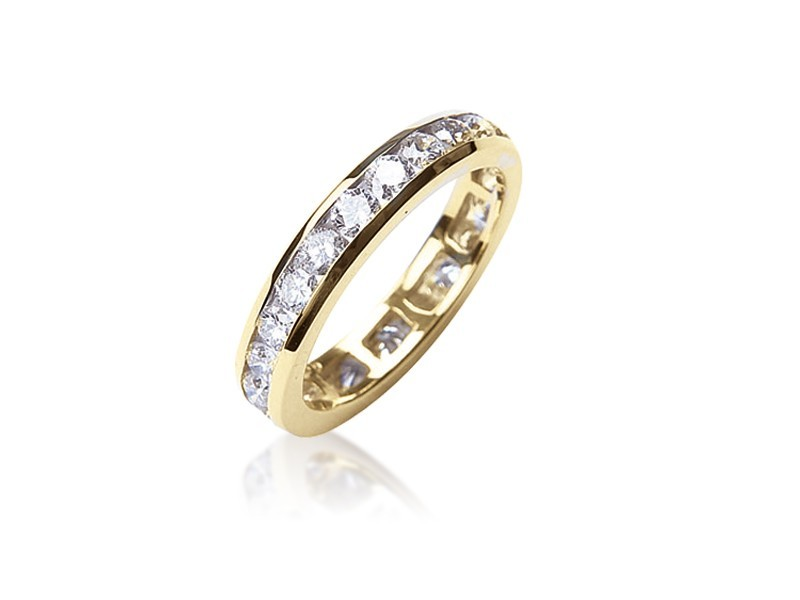 18ct Yellow Gold Eternity Ring with 2.00ct Diamonds.