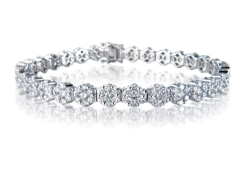 18ct White Gold & 6.10ct Diamonds Bracelet