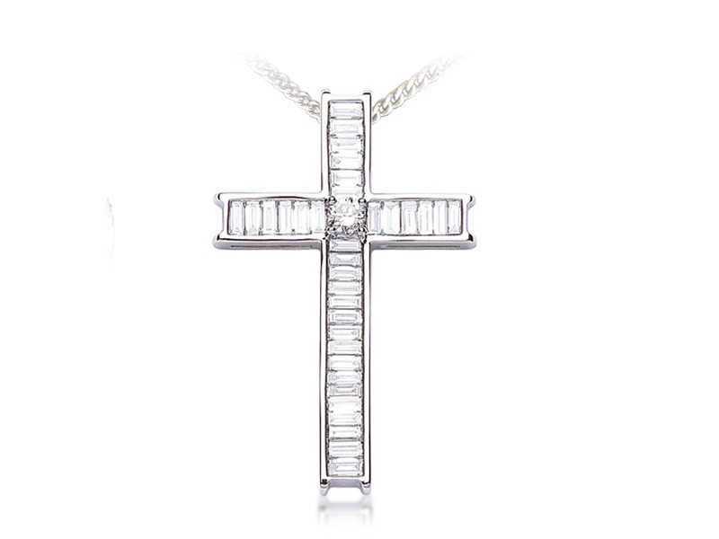 18ct White Gold Cross with 1.60ct Diamonds.