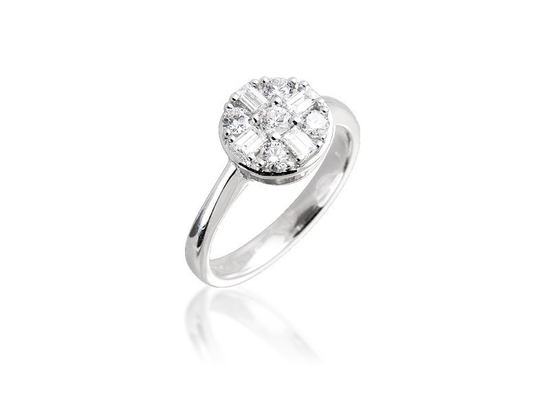 18ct White Gold ring with 0.45ct Diamonds