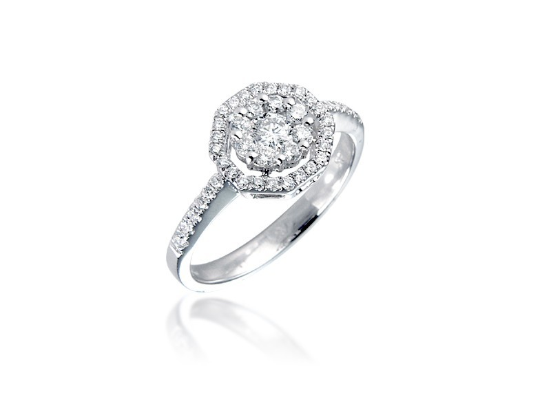 18ct White Gold ring with 0.50ct Diamonds