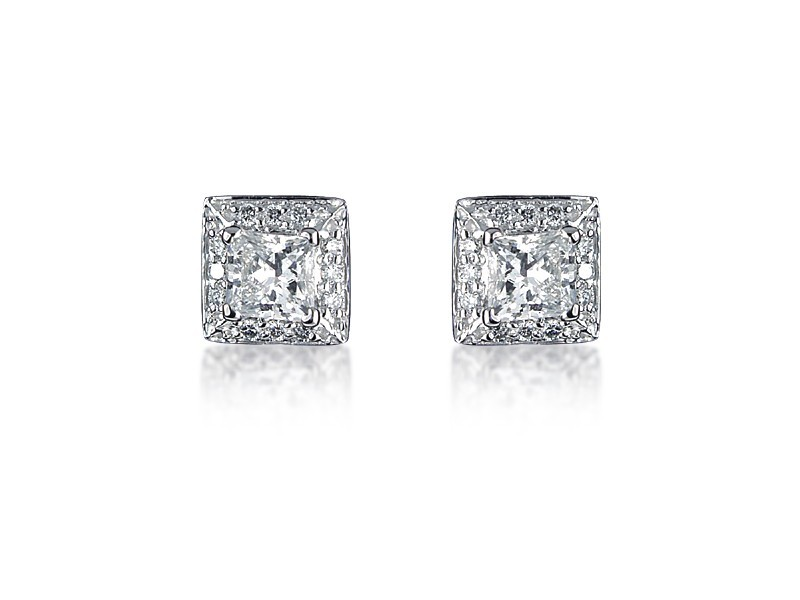 18ct White Gold & Diamonds Stud Earrings with Princess Cut Centre Stone 1.00ct Diamond.