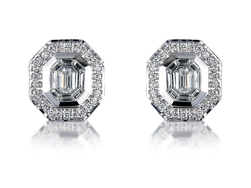 18ct White Gold Stud Earrings with 1.20ct Diamonds.
