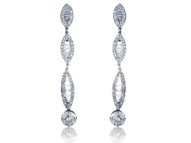 18ct White Gold Drop Earrings with 2.40ct Diamonds.