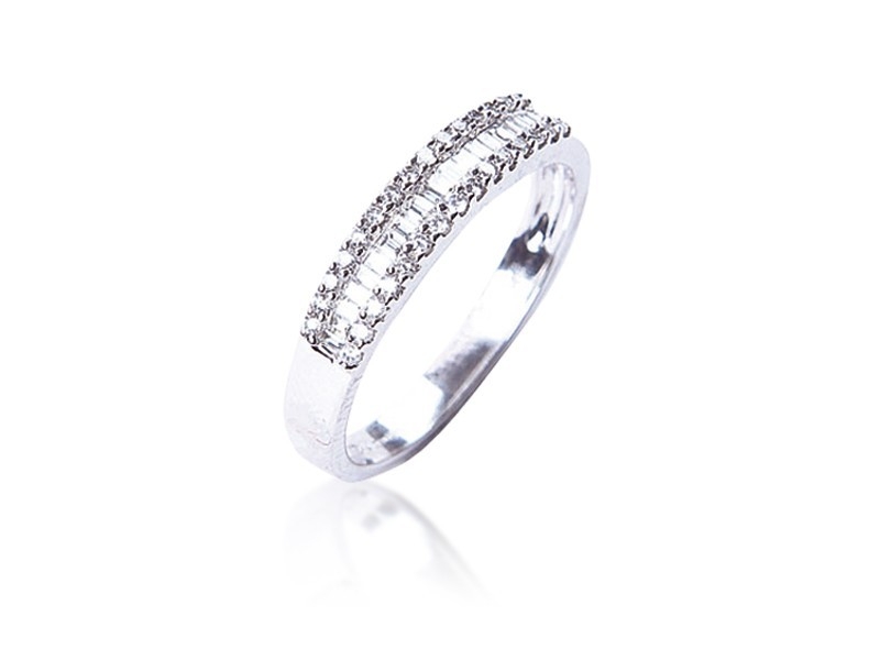 18ct White Gold Eternity Ring with 0.35ct Diamonds.