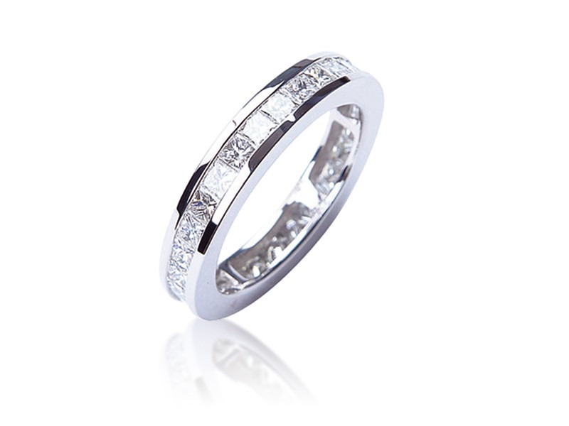 18ct White Gold Eternity Ring with 2.20ct Diamonds.