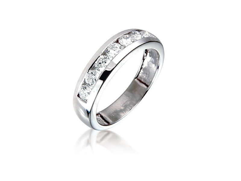 18ct White Gold Eternity Ring with 0.75ct Diamonds.