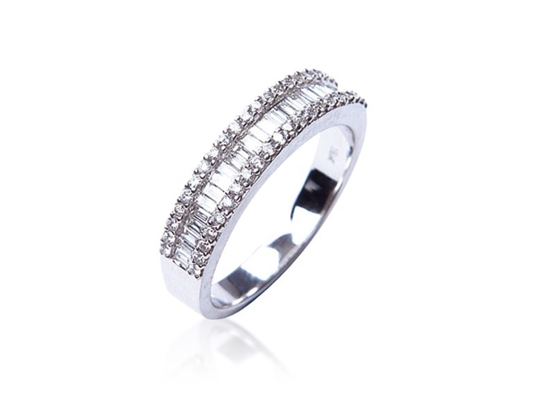 18ct White Gold Eternity Ring with 0.55ct Diamonds.