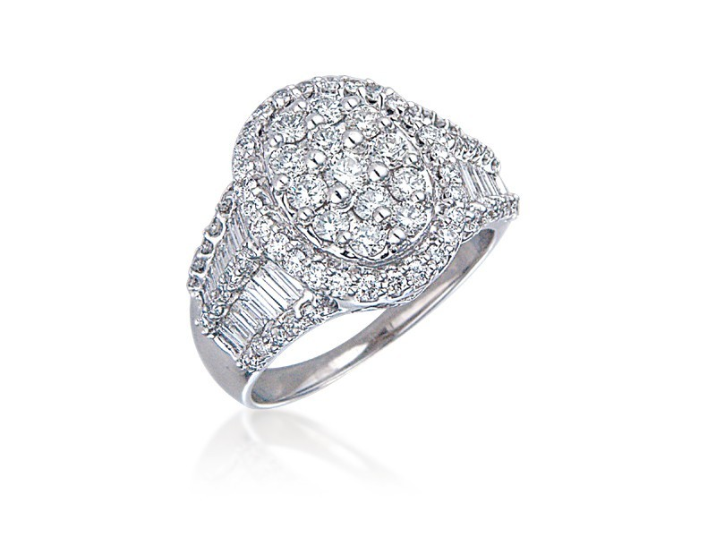 18ct White Gold Mens Ring  with 1.85ct Diamonds.