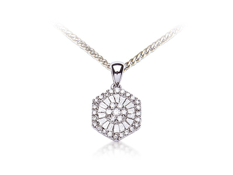 18ct White Gold Pendant with 0.30ct Diamonds.