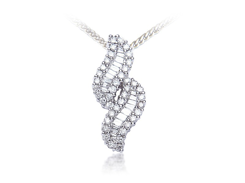 18ct White Gold Pendant with 0.80ct Diamonds.