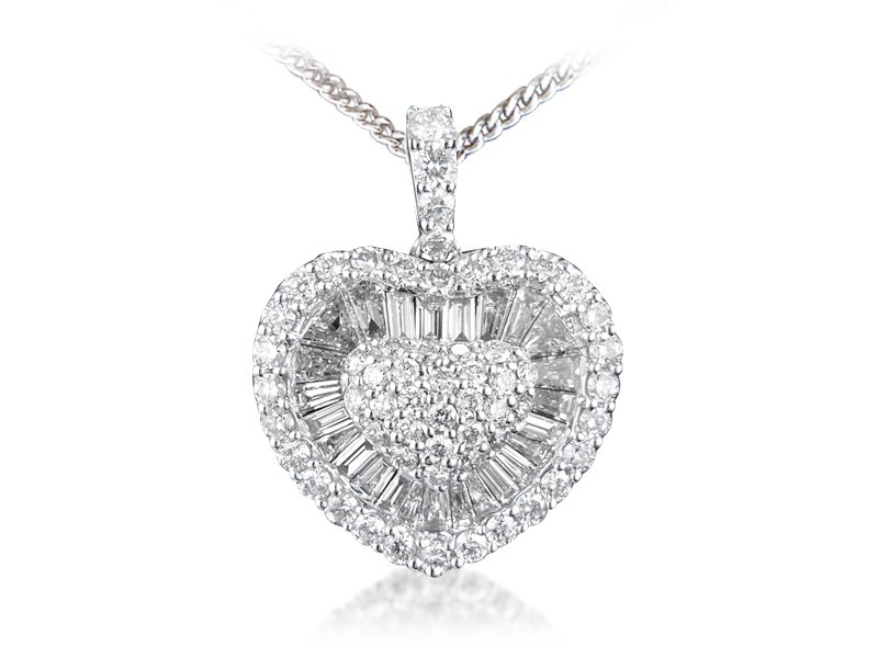 18ct White Gold Pendant with 1.60ct Diamonds.