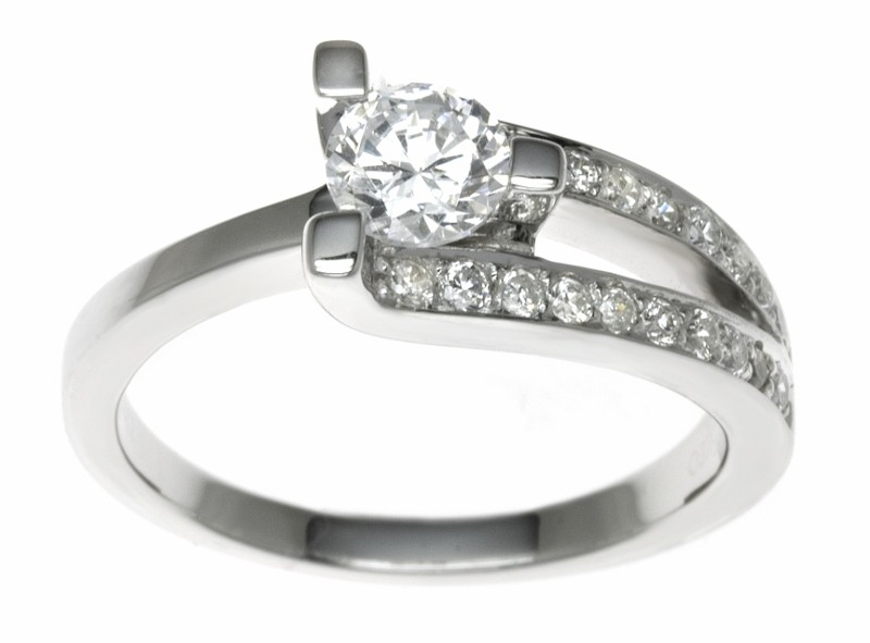 18ct White Gold 0.88ct Diamonds Solitaire Engagement Ring
