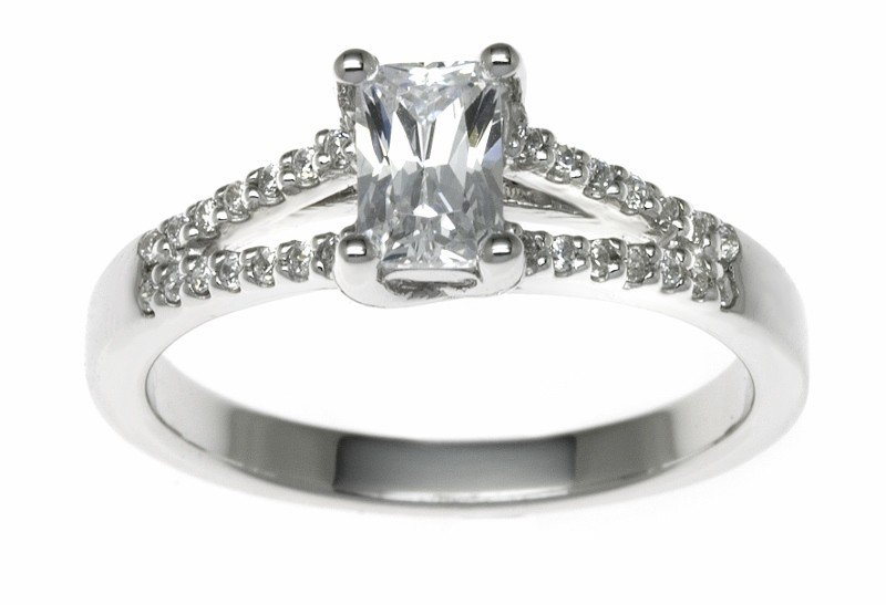 18ct White Gold 1.64ct Diamonds Solitaire Engagement Ring