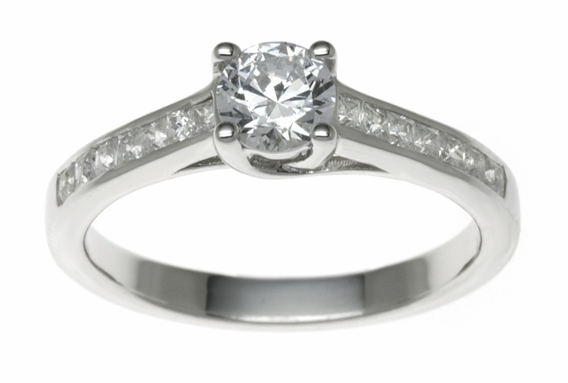 18ct White Gold 0.82ct Diamonds Solitaire Engagement Ring