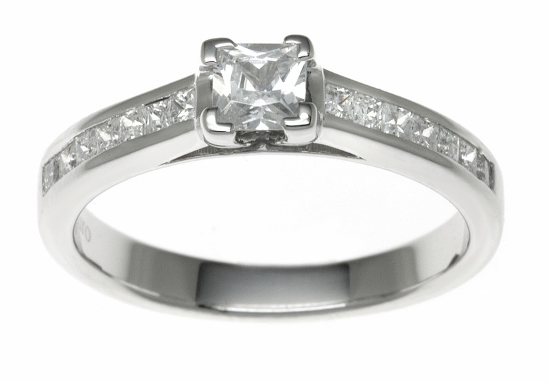 18ct White Gold 0.58ct Diamonds Solitaire Engagement Ring