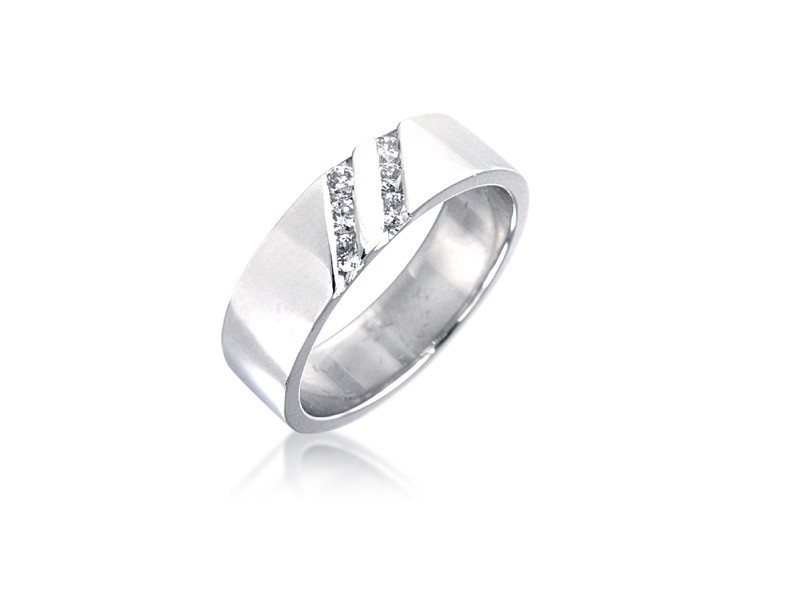 18ct White Gold & 0.20ct Diamonds 5mm Wedding Ring