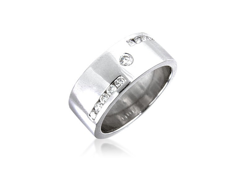 18ct White Gold & 0.33ct Diamonds 7mm Wedding Ring