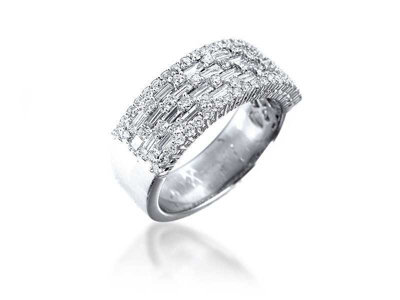 18ct White Gold & 1.10ct Diamonds Wedding Ring