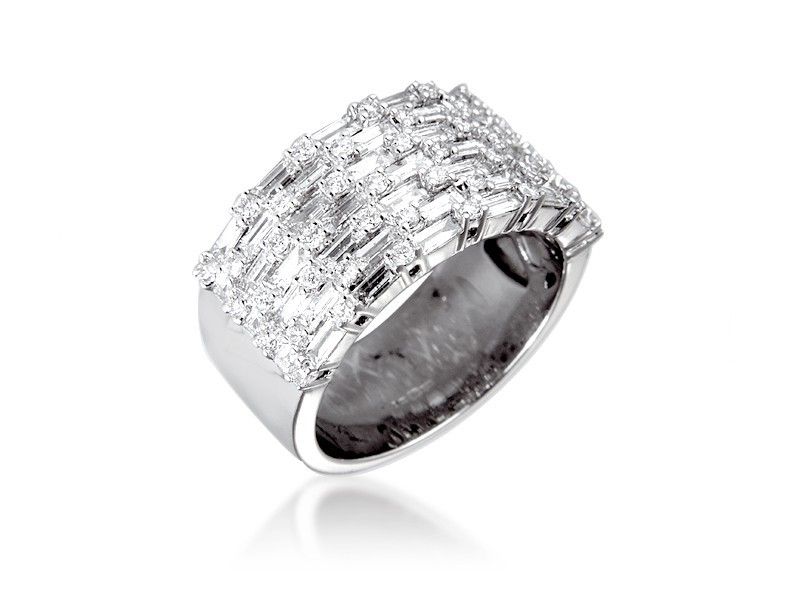 18ct White Gold & 1.85ct Diamonds Wedding Ring