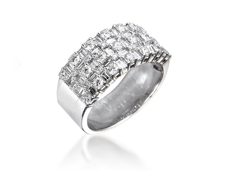 18ct White Gold & 1.50ct Diamonds Wedding Ring