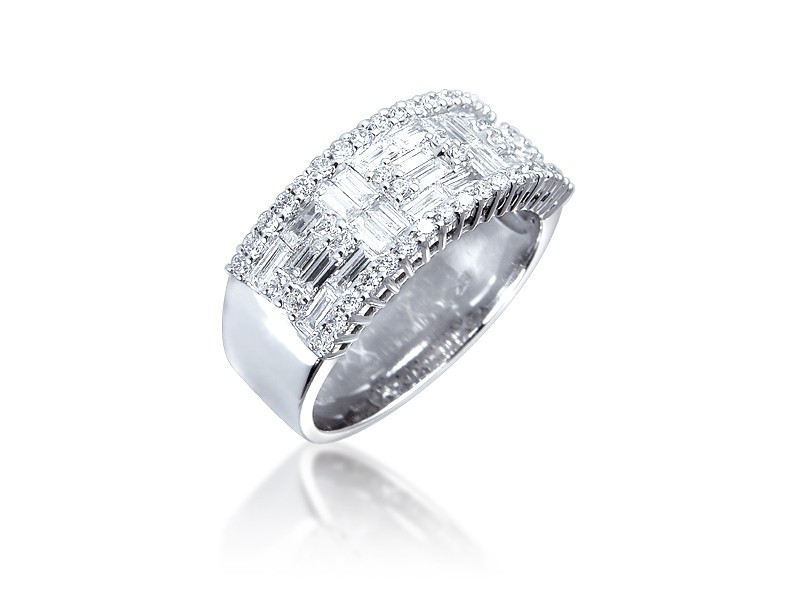 18ct White Gold & 1.05ct Diamonds Wedding Ring