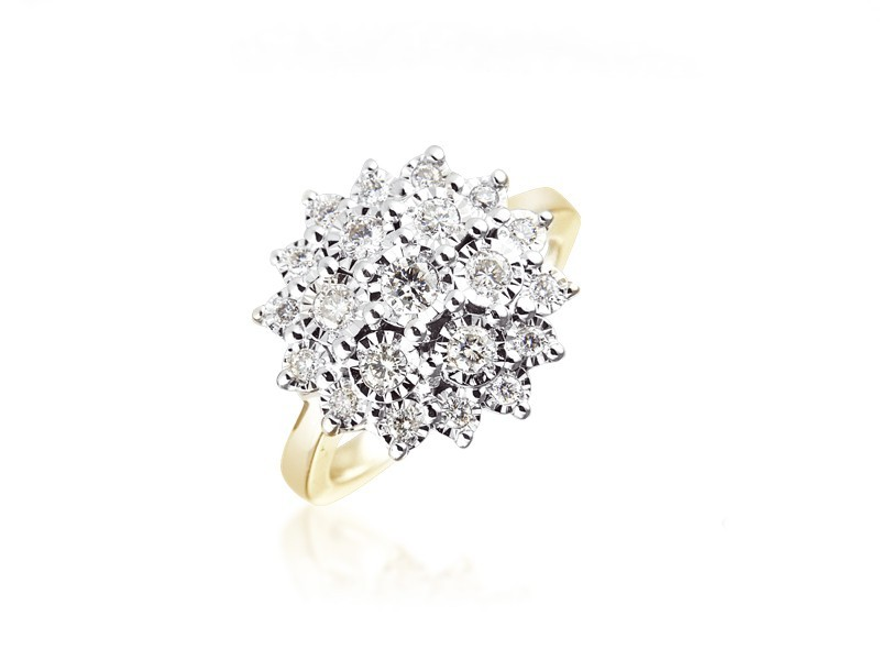 9ct Yellow & White Gold ring with 0.50ct Diamonds in white gold mount.