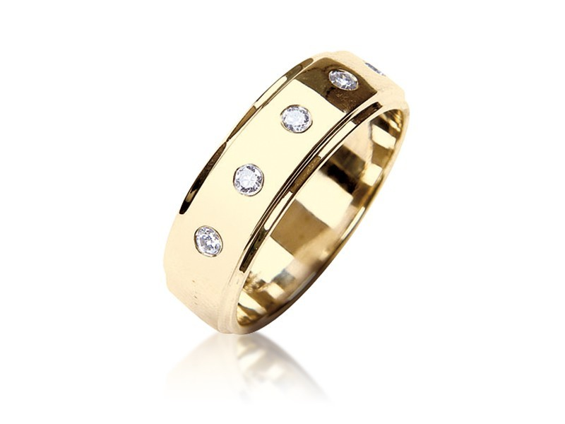 9ct Yellow Gold & 0.30ct Diamonds Wedding Ring