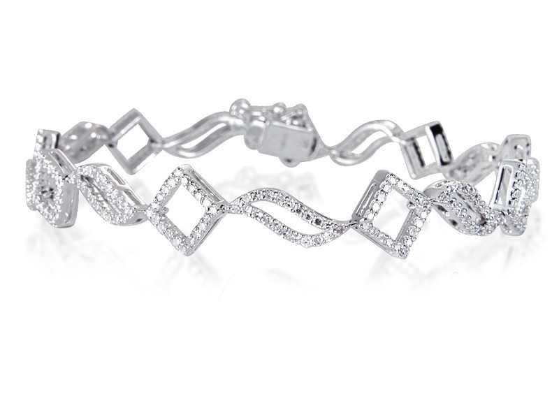 9ct White Gold & 1.65ct Diamonds Bracelet