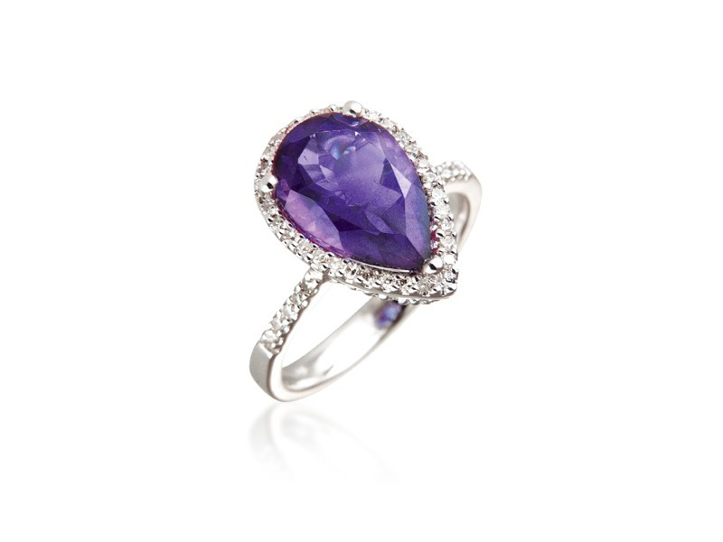 9ct White Gold ring set with Diamonds & 2.90ct Pear Shape Amethyst Centre Stone