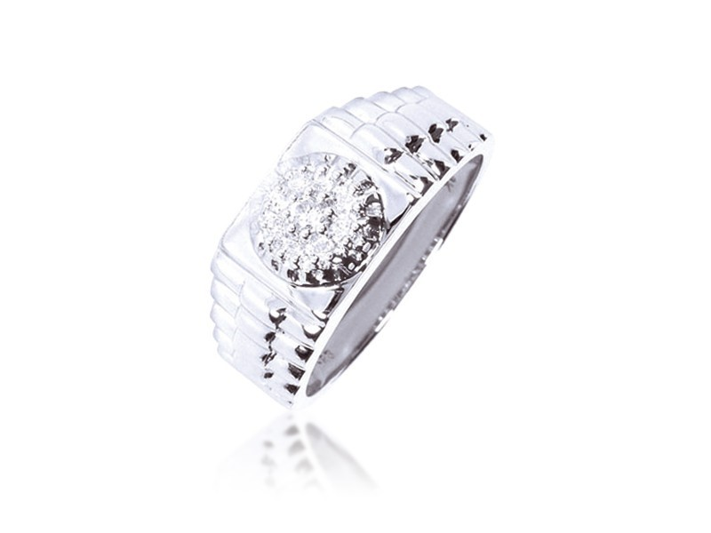 9ct White Gold Mens Ring with 0.25ct Diamonds.