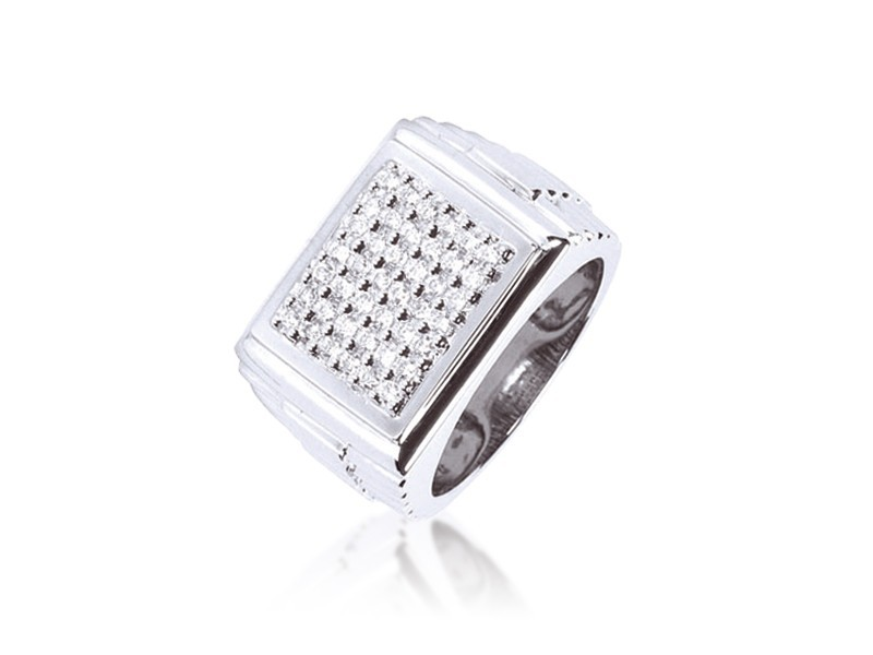 9ct White Gold Mens Ring with 0.50ct Diamonds.