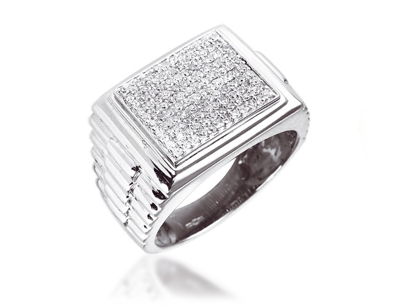 0.50ct 9ct White Gold Mens Ring with Diamonds.