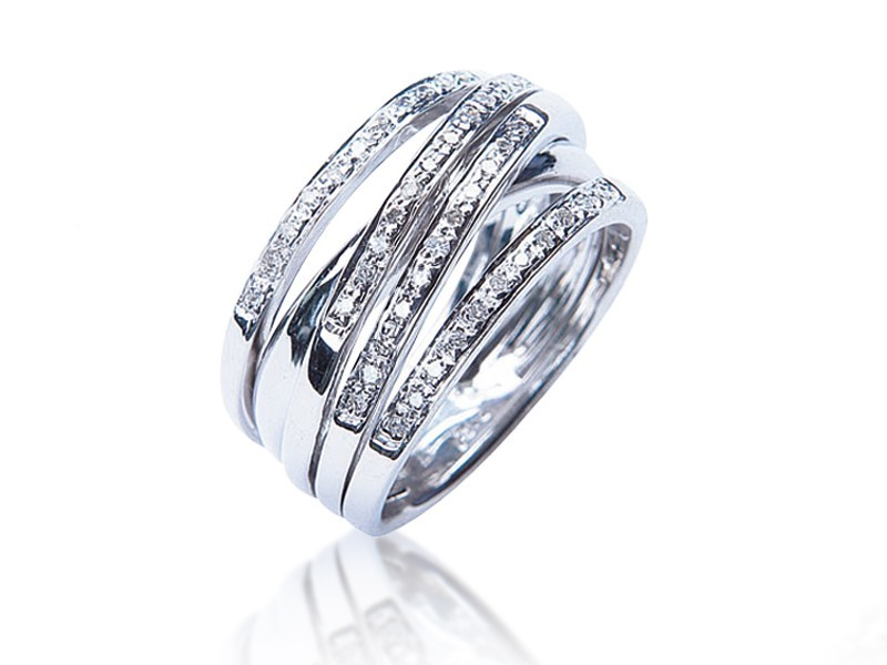 9ct White Gold & 0.22ct Diamonds Wedding Ring