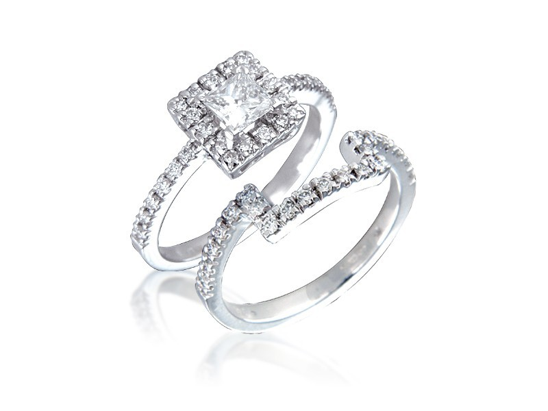 Platinum 0.90ct Diamonds Bridal Set