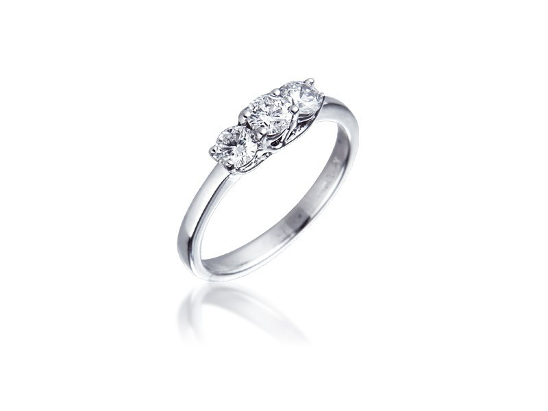 3 stone Platinum ring with 0.50ct Diamonds.
