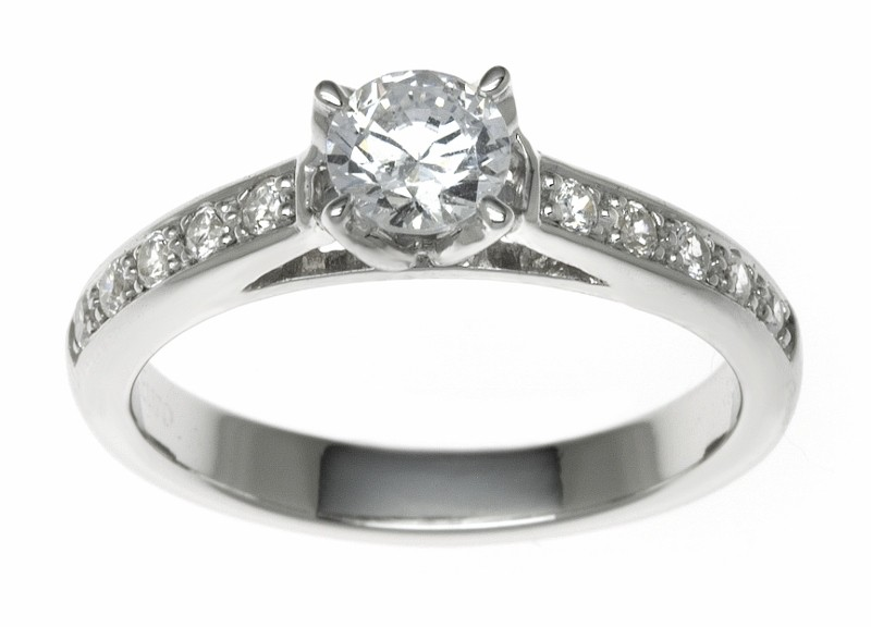 Platinum 0.95ct Diamond Solitaire Engagement Ring