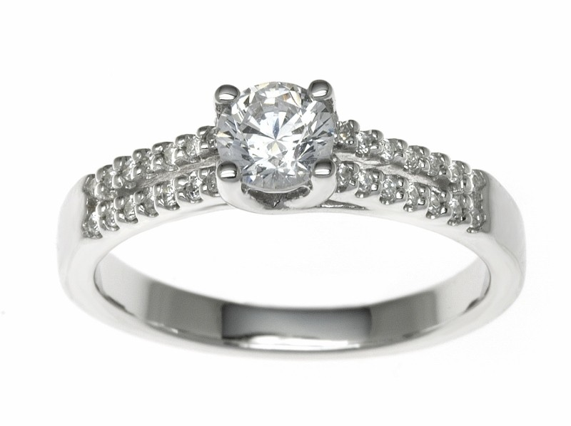 Platinum 0.89ct Diamonds Solitaire Engagement Ring